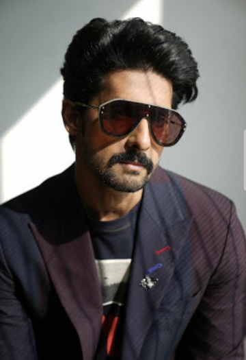 Ravi dubey new look