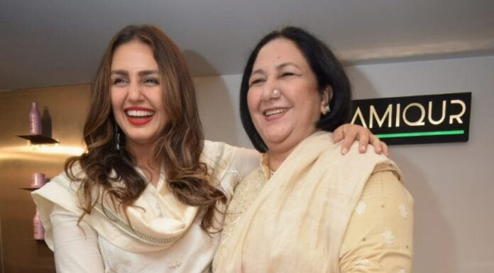 Huma and her mother