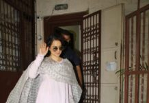 Kangana Ranaut Snapped At dubbing Studio in Bandra today