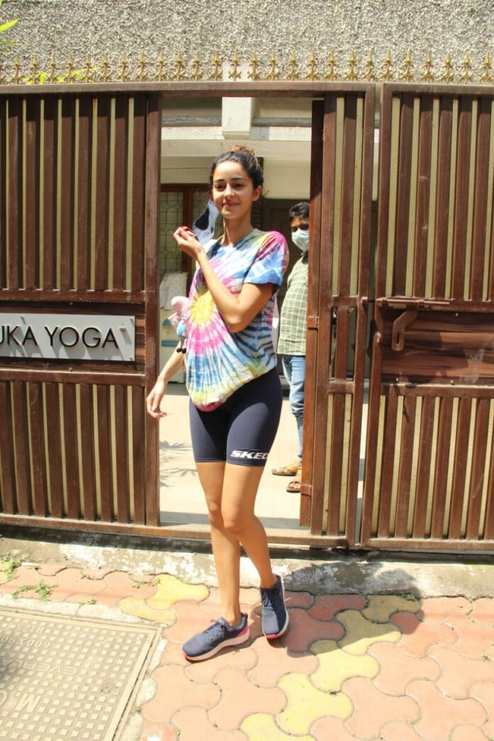 Ananya Pandey clicked at Gym class in Bandra