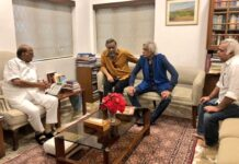 kangana-react-on-pawar-meeting-with-film-makers