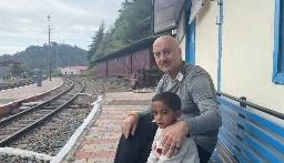 Anupam Kher With Himanshu
